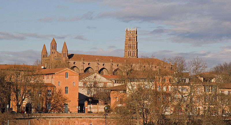 800px-Église_des_Jacobins_depuis_la_Garonne_Toulouse_IMG_7323