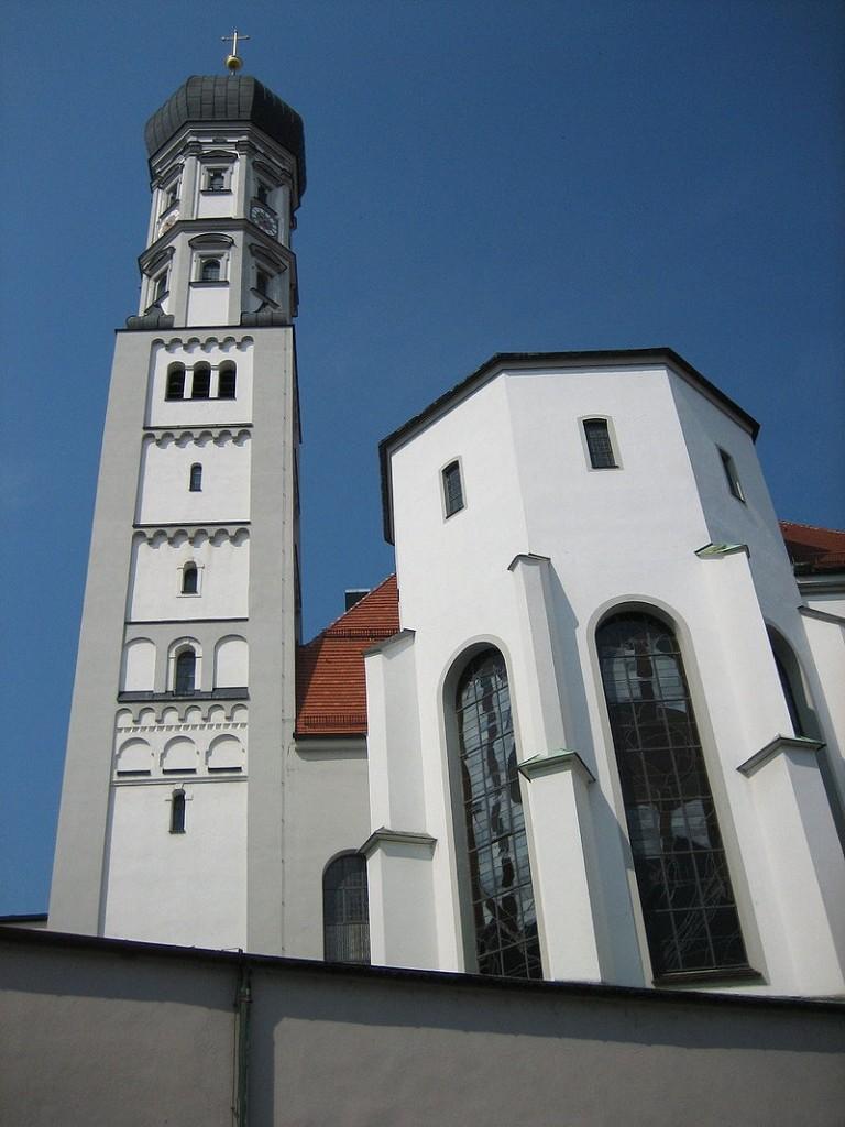 800px-Augsburg_Kath_Heiligkreuzkirche